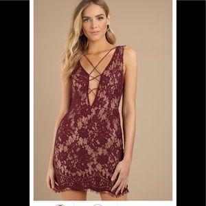 NWOT Tobi maroon lace cocktail dress